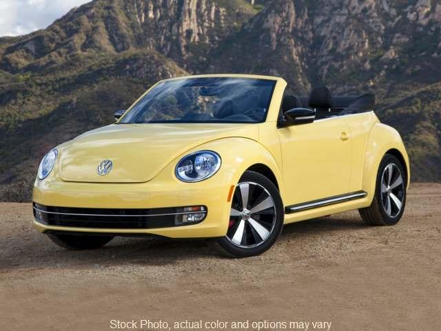 2013 Volkswagen Beetle 2d Convertible 2.5L Technology at Bobb Suzuki near Columbus, OH