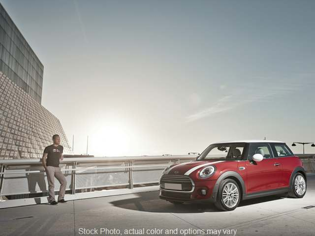 2015 Mini Cooper Hardtop 2d Hatchback at Graham Auto Group near Mansfield, OH