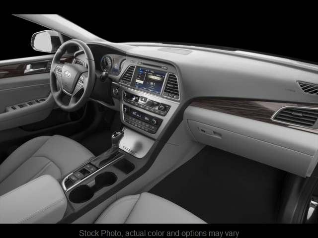 Used 2016  Hyundai Sonata Hybrid 4d Sedan Limited at Oxendale Auto Outlet near Winslow, AZ