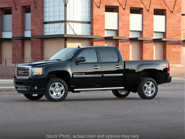 2014 GMC Sierra 2500 4WD Crew Cab Denali at Ubersox Used Car Superstore near Monroe, WI