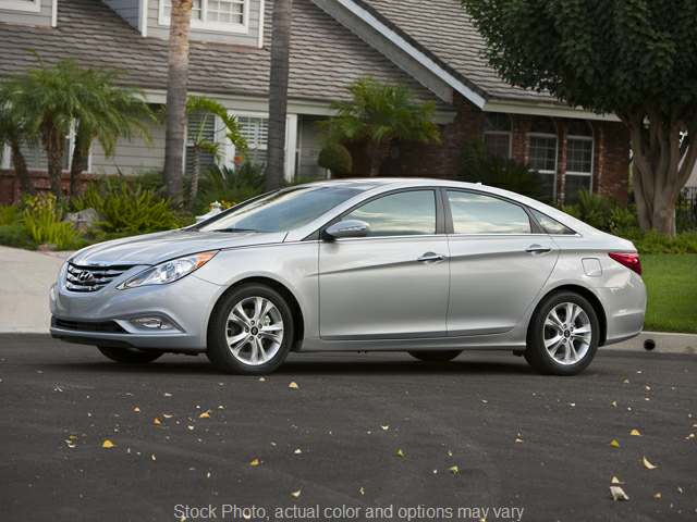 2012 Hyundai Sonata 4d Sedan Limited 2.0T at City Wide Auto Credit near Oregon, OH