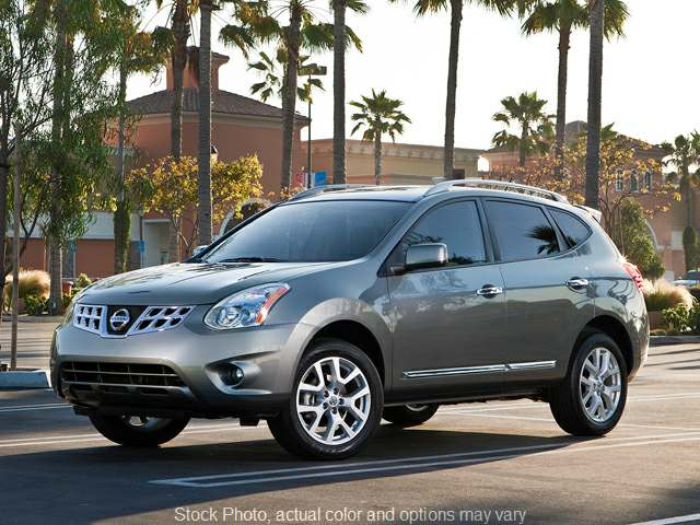 2015 Nissan Rogue Select 4d SUV AWD S at Bobb Suzuki near Columbus, OH