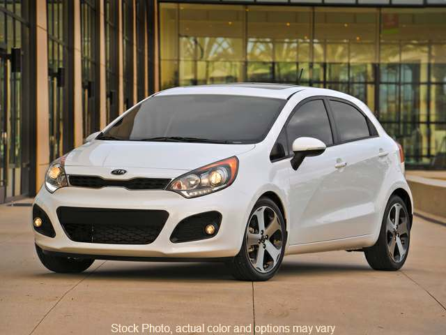 2014 Kia Rio 5-Door 5d Hatchback LX 6spd at Good Wheels near Ellwood City, PA