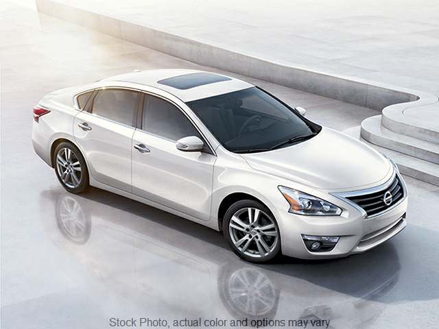 2015 Nissan Altima 4d Sedan SV 2.5L at Pekin Auto Loan near Pekin, IL