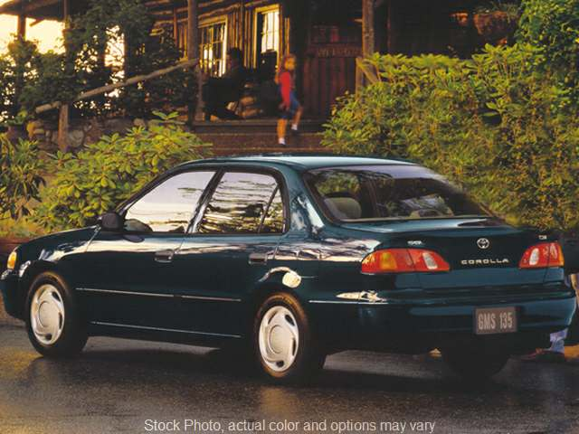 Used 1997  Toyota Corolla 4d Sedan DX AT at Car Country near Aurora, IN