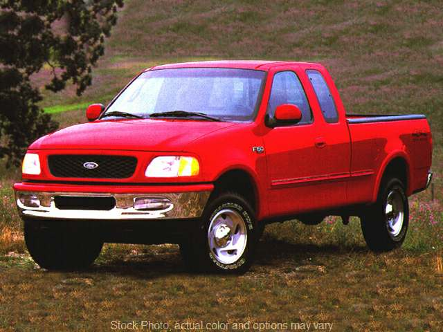 Used 1999  Ford F150 4WD Supercab XL Longbed at Car Country near Aurora, IN