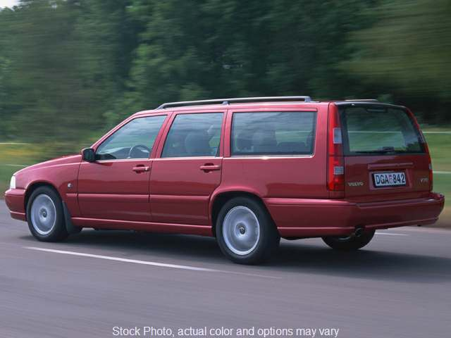 Used 1999  Volvo V70 5d Wagon AWD at Edd Kirby's Adventure Mitsubishi near Chattanooga, TN