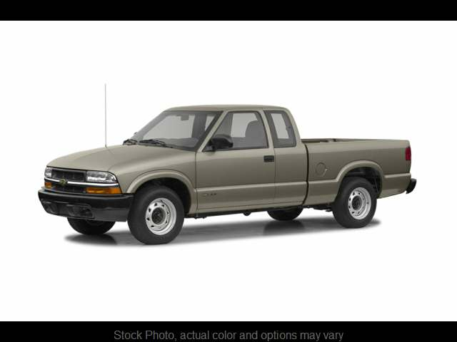 Used 2002  Chevrolet S10 Pickup 4WD Ext Cab ZR2 at Good Wheels near Ellwood City, PA