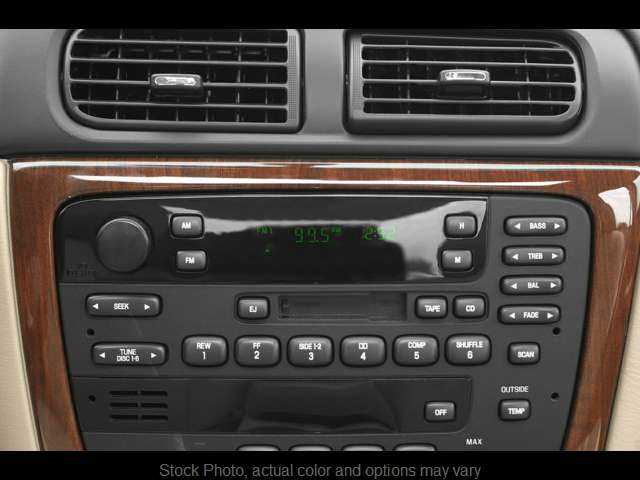 Used 2002  Ford Taurus 4d Sedan SEL at Springfield Select Autos near Springfield, IL