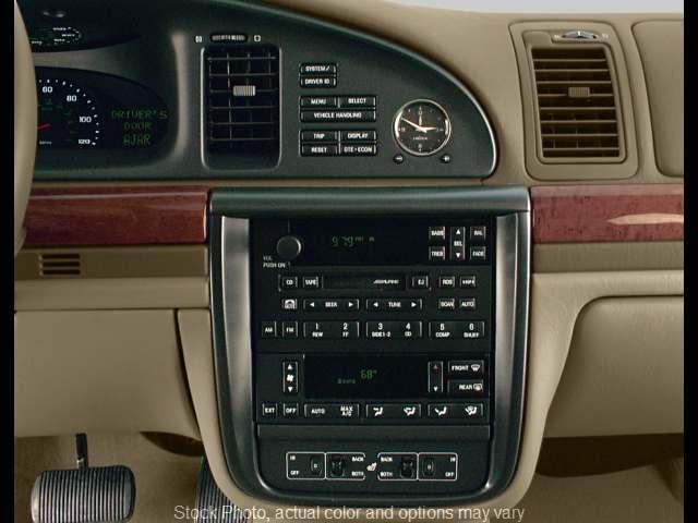 Used 2002  Lincoln Continental 4d Sedan at Carmack Car Capitol near Danville, IL