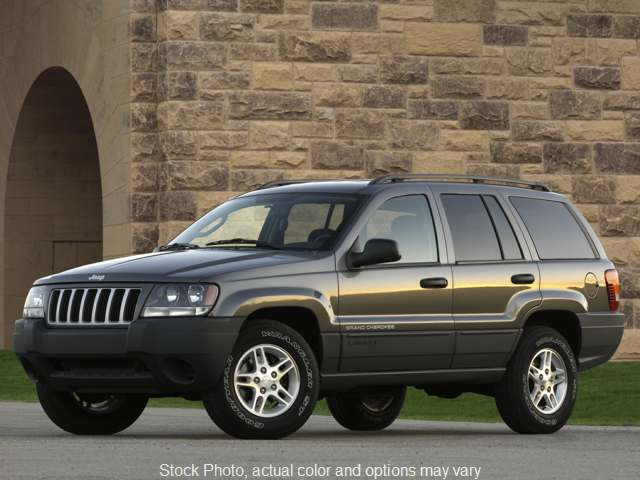 2004 Jeep Grand Cherokee 4d SUV 2WD Laredo at The Gilstrap Family Dealerships near Easley, SC