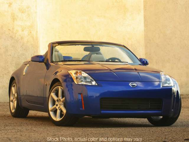 Used 2005  Nissan 350Z 2d Roadster Touring MT at Credit Now Auto Inc near Huntsville, AL
