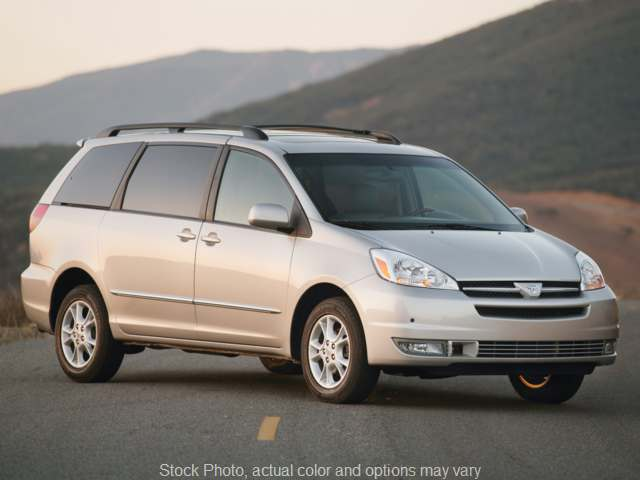 2005 Toyota Sienna 4d Wagon XLE AWD at VA Cars of Tri-Cities near Hopewell, VA
