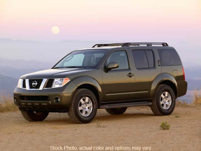 2007 Nissan Pathfinder 4d SUV 4WD S at Graham Auto Group near Mansfield, OH