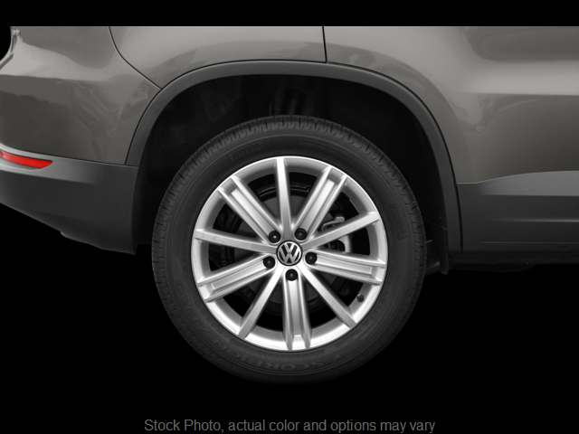 Used 2009  Volkswagen Tiguan 4d SUV SE w/Leather 4Motion at Good Wheels near Ellwood City, PA