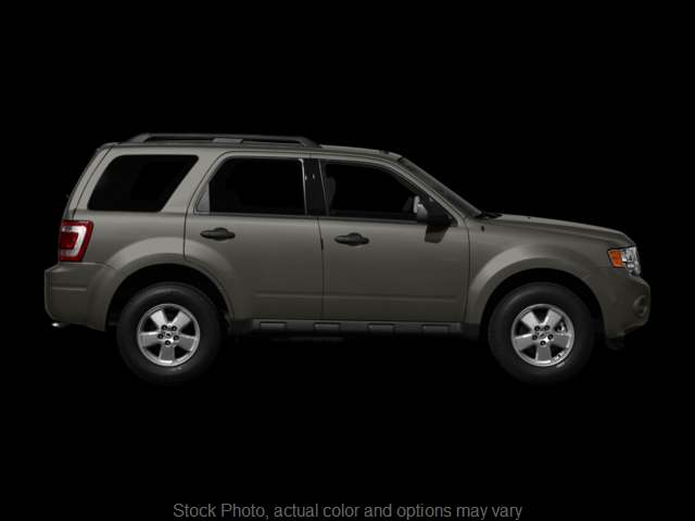 Used 2010  Ford Escape 4d SUV 4WD XLT at Good Wheels near Ellwood City, PA