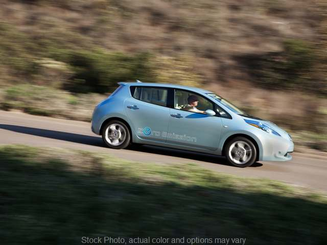 2016 Nissan Leaf 4d Hatchback SV at CarCo Auto World near South Plainfield, NJ