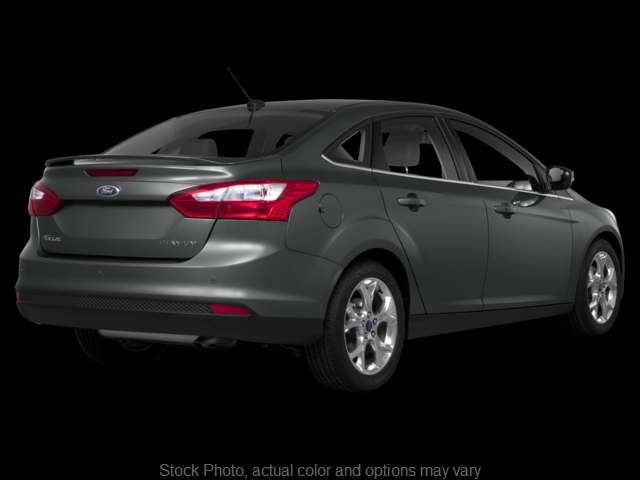 Used 2013  Ford Focus 4d Sedan SE at Pekin Auto Loan near Pekin, IL