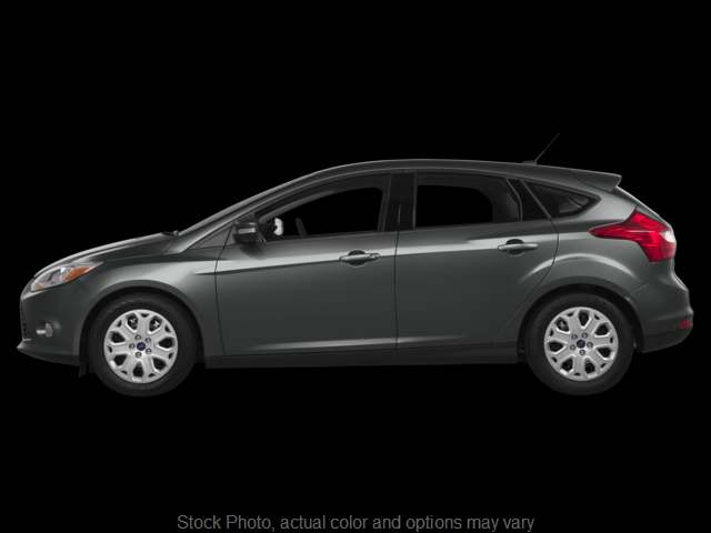 Used 2013  Ford Focus 4d Hatchback SE at Graham Auto Group near Mansfield, OH
