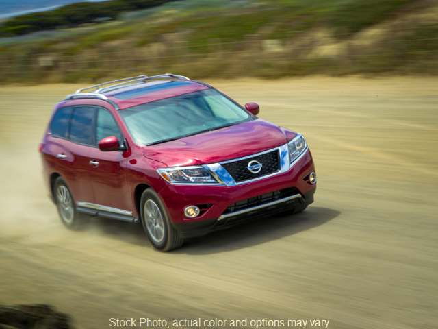 2016 Nissan Pathfinder 4d SUV 4WD Platinum at Bobb Suzuki near Columbus, OH