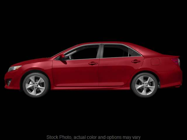 Used 2014  Toyota Camry 4d Sedan SE Sport at Graham Auto Group near Mansfield, OH