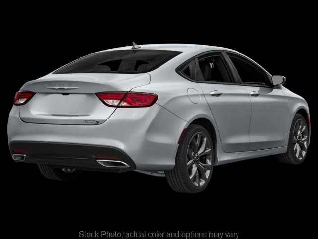 Used 2015  Chrysler 200 4d Sedan S V6 at 30 Second Auto Loan near Peoria, IL