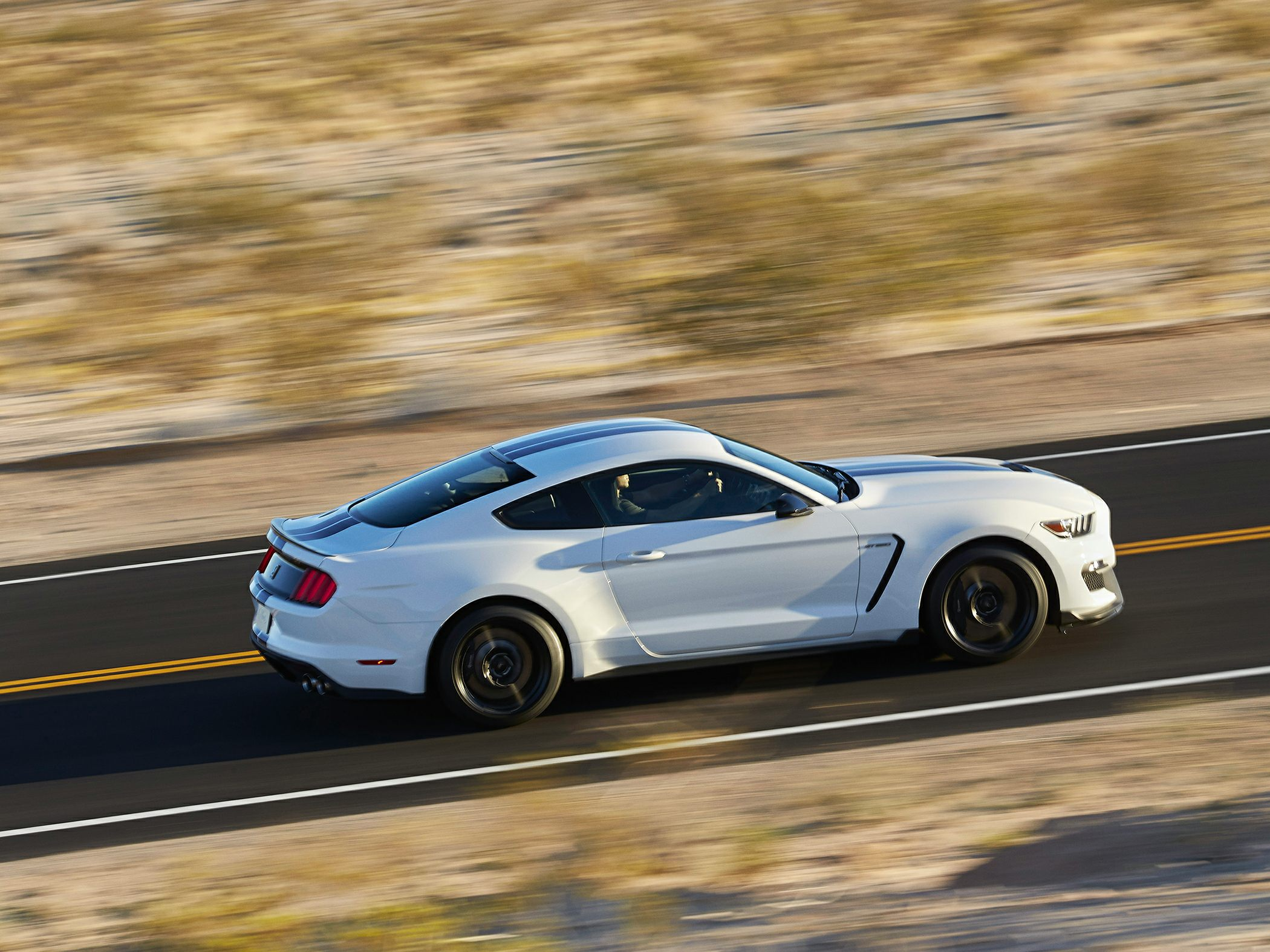 2017 ford shelby gt350 base