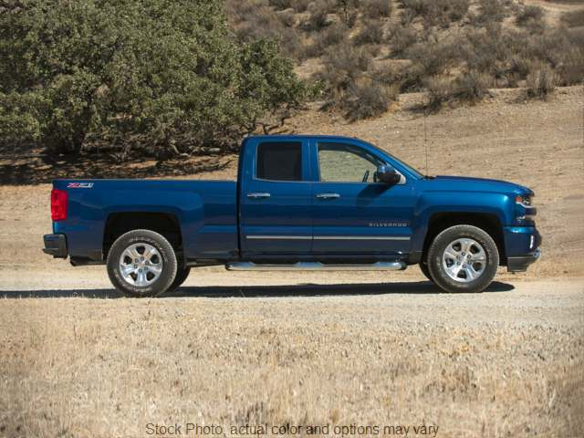 Used 2018  Chevrolet Silverado 1500 4WD Double Cab LT at Oxendale Auto Outlet near Winslow, AZ