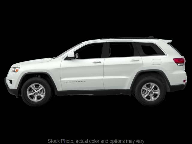 Used 2016  Jeep Grand Cherokee 4d SUV 4WD Laredo E at Ubersox Used Car Superstore near Monroe, WI