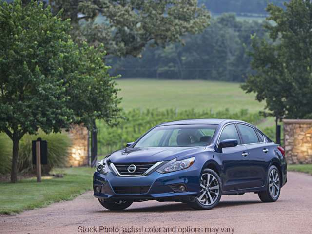 2016 Nissan Altima 4d Sedan 2.5L SR at Nissan of Paris near Paris, TN