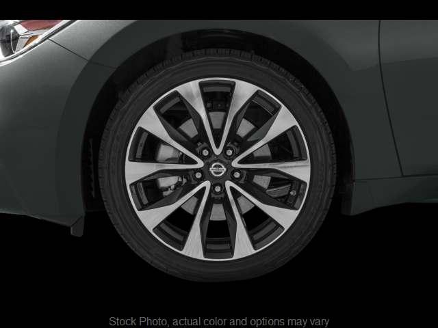Used 2016  Nissan Maxima 4d Sedan SR at Bobb Suzuki near Columbus, OH