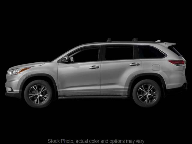 Used 2016  Toyota Highlander 4d SUV AWD XLE at Bobb Suzuki near Columbus, OH
