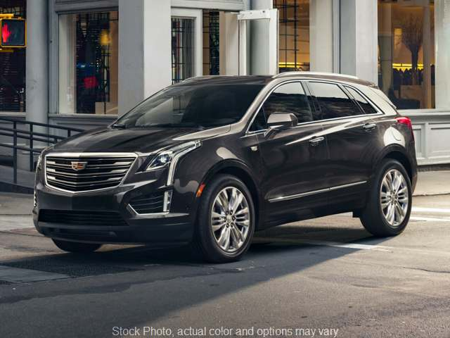 2017 Cadillac XT5 4d SUV AWD Luxury at Graham Auto Group near Mansfield, OH