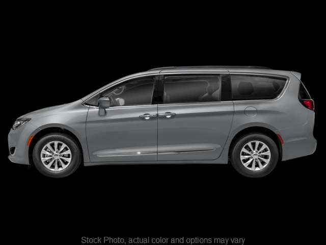 Used 2018  Chrysler Pacifica 4d Wagon Touring L at CarloanExpress.Com near Hampton, VA