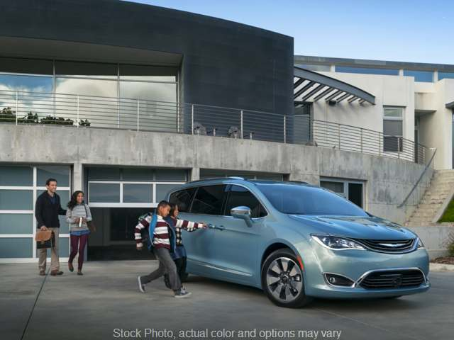 New 2019 Chrysler Pacifica Hybrid 4d Wagon Limited at Kona Auto Center near Kailua Kona, HI