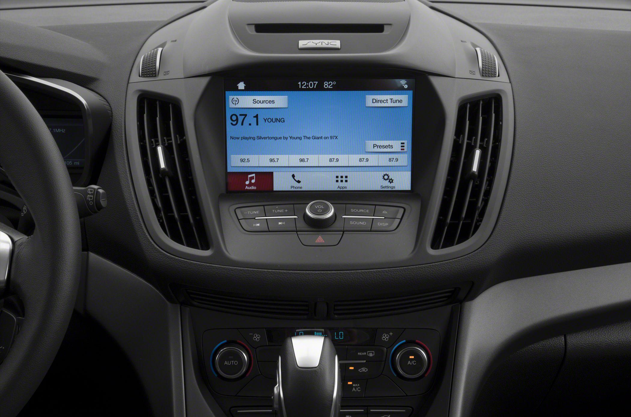 2017 ford c max hybrid se