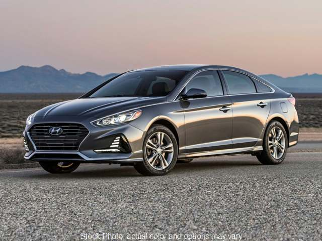 New 2019  Hyundai Sonata 4d Sedan SE at Carmack Car Capitol near Danville, IL