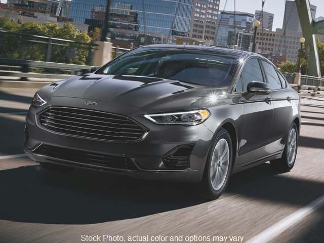 New 2019  Ford Fusion 4d Sedan FWD SE 1.5L EcoBoost at Get Approved Quad Cities near East Moline, IL