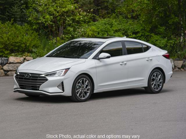 New 2020  Hyundai Elantra 4d Sedan SEL at Carmack Car Capitol near Danville, IL