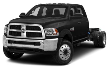 2018 RAM 3500 Chassis - Brilliant Black Crystal Pearl