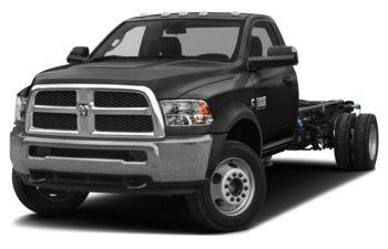2018 RAM 3500 Chassis Cab 4491 kg (9900 lb) GVWR - Black