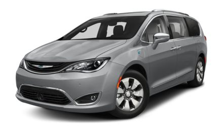 2017 Chrysler Pacifica Hybrid Touring