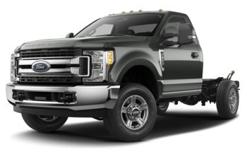 2018 Ford F-350 Chassis - Magnetic