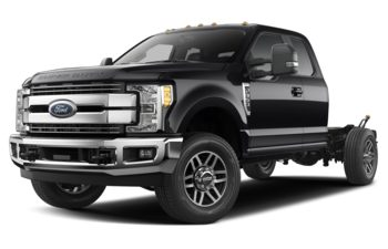 2018 Ford F-350 Chassis - Shadow Black