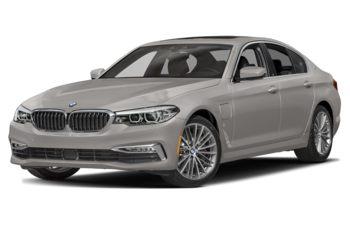2020 BMW 530e - Frozen Cashmere Silver