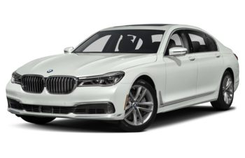 2019 BMW 750 - Alpine White Non-Metallic