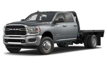 2019 RAM 3500 Chassis Cab 4491 kg (9900 lb) GVWR - Billet Metallic