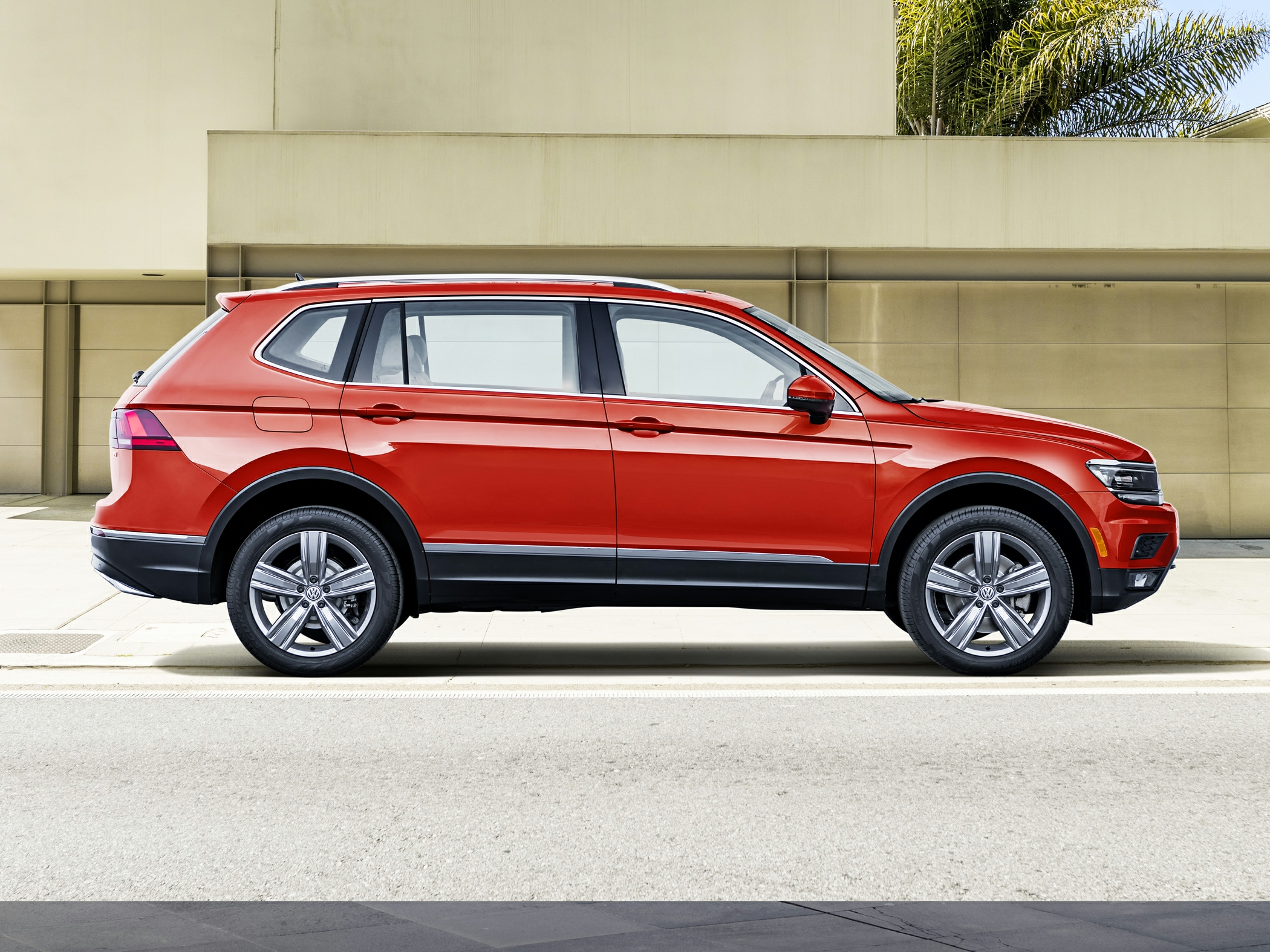 2019_Volkswagen_Tiguan_2.0T SE_ Kingston NY