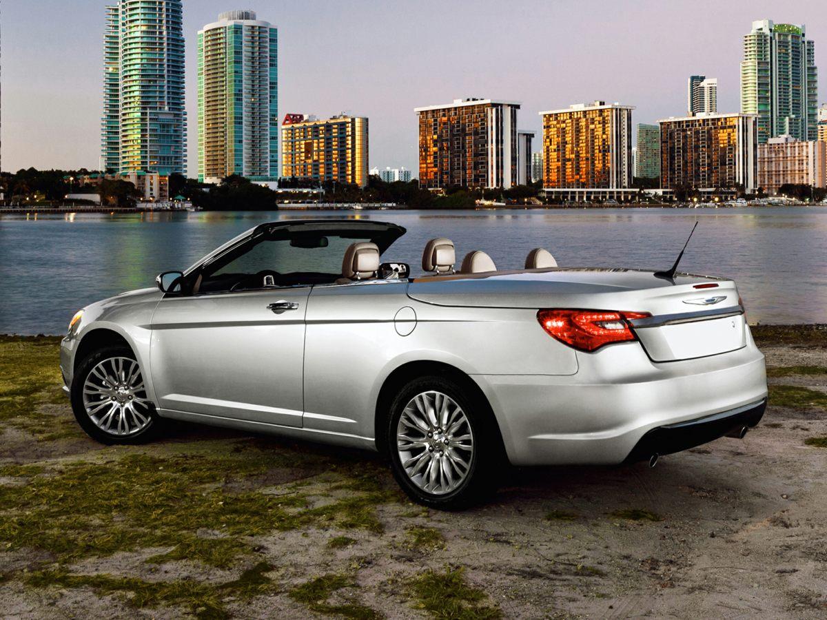 2012 Chrysler Legend Limited photo