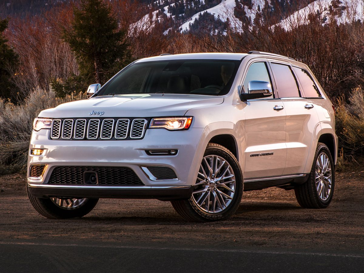 2017 Jeep Grand Cherokee Summit photo